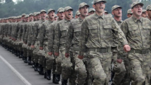 Askerdeyken Maaş Veriliyor mu ? Ne kadar Maaş Veriliyor