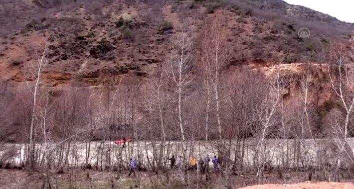 Munzur Çayı'nda kaybolan uzman çavuşu arama çalışmalarına devam edildi